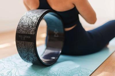 yoga wheel2 ヨガホイール【徹底解説】効果・使い方・選び方・体験できるスタジオまで