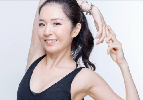 umezawa eri yoga7 e1632544197999 梅澤友里香 × 横幕 真理 対談インタビュー「変わりたいのであれば○○しましょう!」